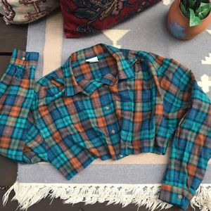 Vintage Cropped Plaid Oversize Shirt